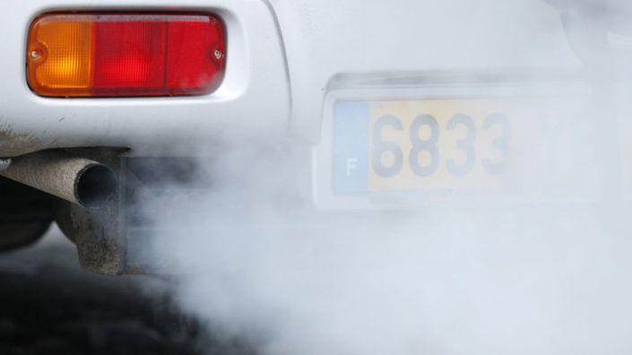 moteur-diesel-pollution-gaz-d-echappement_987086.jpg